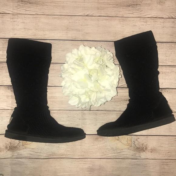 1c5e2975f80 🎉HP🎉 Ugg Classic Argyle Knit Black Boots